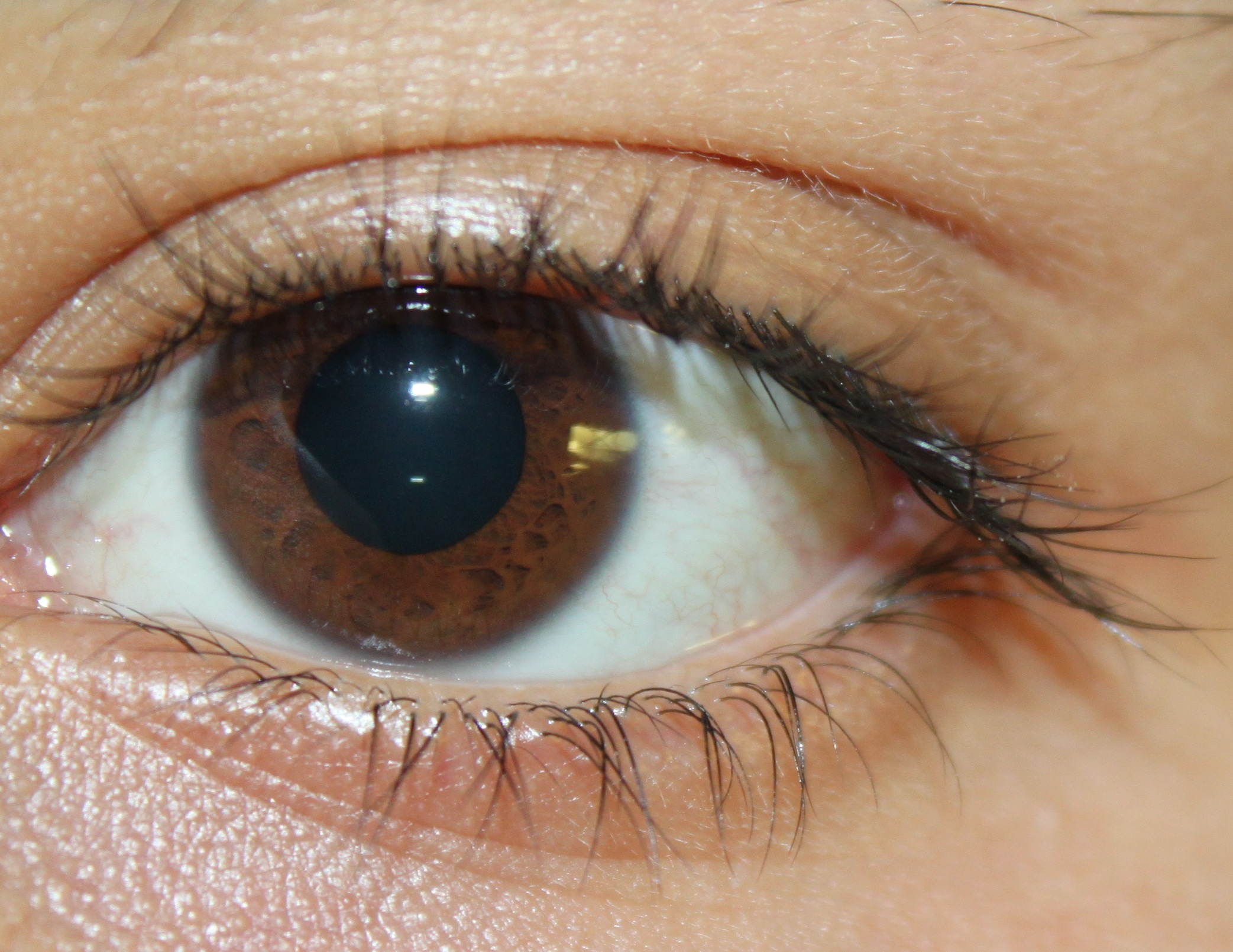 a year of natural health & beauty tip #4: quick morning eye massage